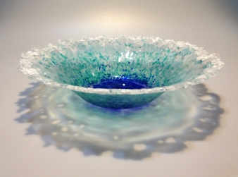Lois Parker, fused glass, frit, Bullseye, bowl